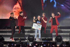 "Dalam ""Westlife Twenty Tour"" Borobudur Symphony Para Personil Westlife Membikin Menangis Shinta -Gadis Bali"