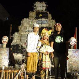 Made Bayak Bondowoso Melengkapi Seribu Candi di Biennale Jogja