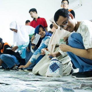 Program Publik Biennale Jogja Hadirkan Siswa SLB-A YAKETUIS