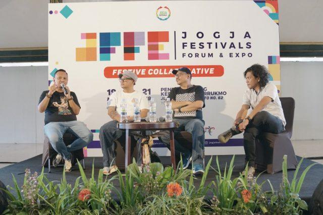 Creative Sharing Anas Alimi-Lulut Wahyudi-Aji Wartono-Aan Fikriyan-JFFE-Jogja Festivals Forum dan Expo