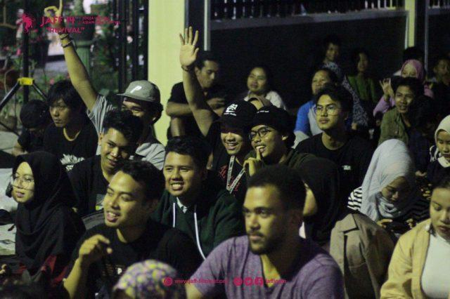 Menonton Layar Tancap Melalui Open Air Cinema JAFF