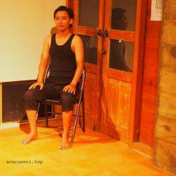 'Pantomim Opinion' Sukses Dipentaskan Dua Pantomimer Bengkel Mime Theatre Yogyakarta