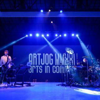 """Ari Wulu feat Daniel Caesar sebagai Insan Kreatif Lantunkan """"Panyuwunan"""" Pada Penutupan ARTJOG MMXXI Tahun 2021"""